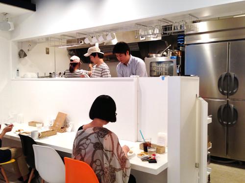 九州パンケーキカフェ 店内