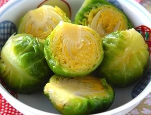 【野菜豆知識】芽キャベツはキャベツの幼少期ではないって知っていましたか?