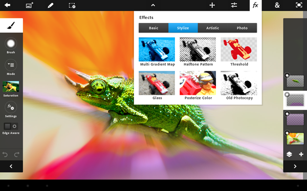 Adobe iPad向け Adobe Photoshop Touch を発売。